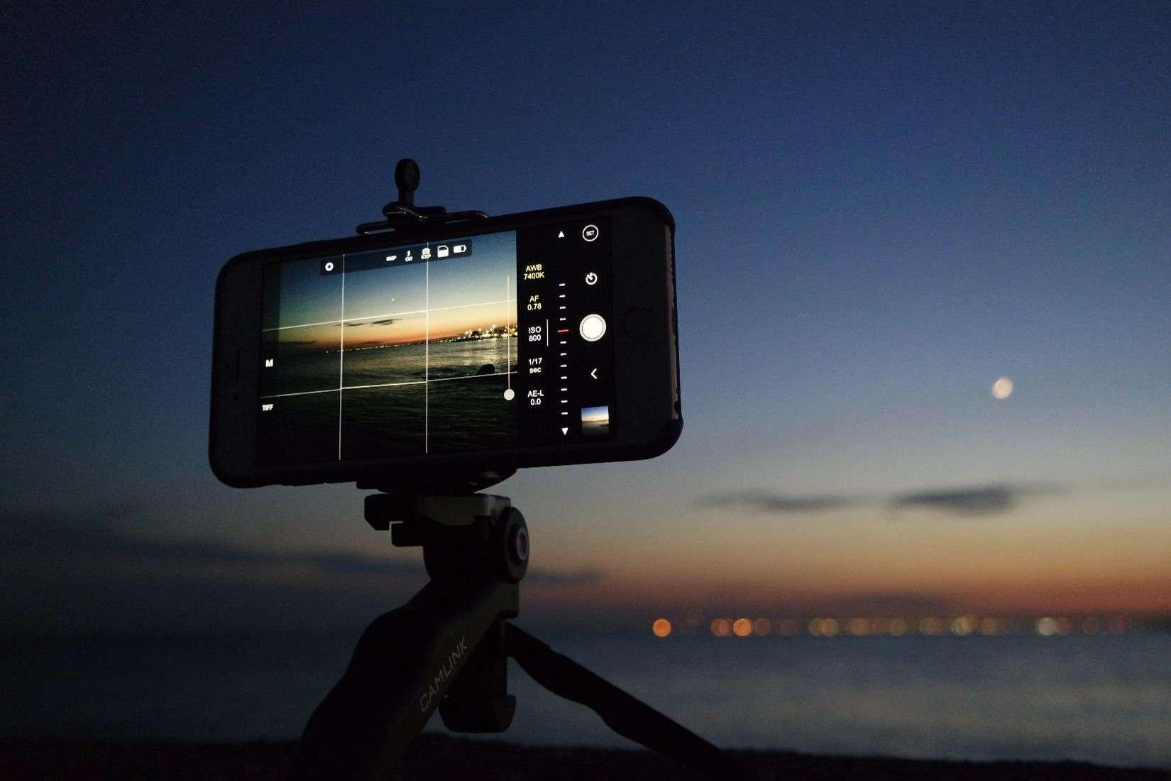 Chụp ảnh thiên văn chỉ bằng smartphone - Bạn đã thử chưa?